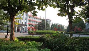 兖矿技校教学楼